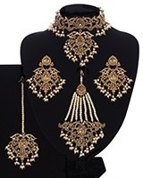 Mughal Princess Pearl Indian Jewellery Set - Choker, Ear, Tikka & Jhumar NANC11315 Indian Jewellery